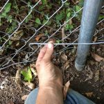 Tying down loose fencing